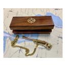 Bootsmannspfeife, Messing/Kupfer in der Holzbox