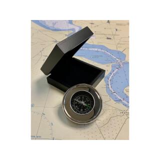 Kompass im Holzkästchen